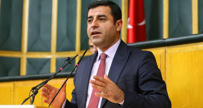 HDP'de, 'PKK ile mesafe koyun' diyenlere tasfiye
