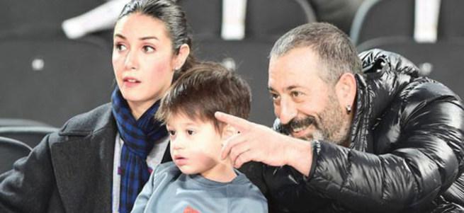Cem Yılmaz ve Ozan Güven eski eşleriyle tatile çıktı