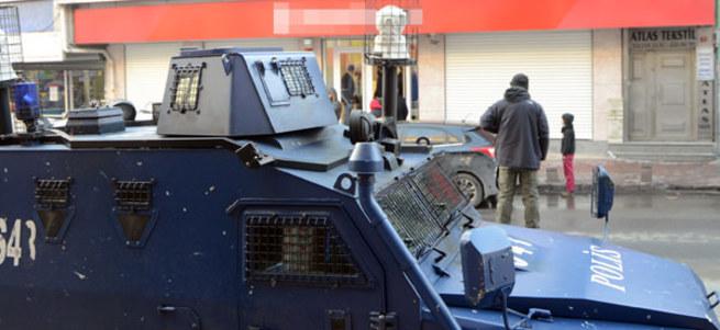 Okmeydanı'nda silahlı banka soygunu