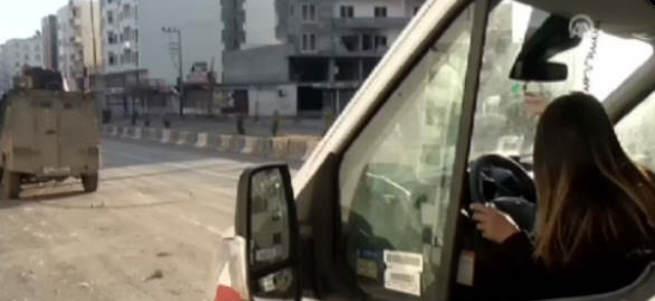 Cizre'de o binadan ambulanslara yine ateş açıldı