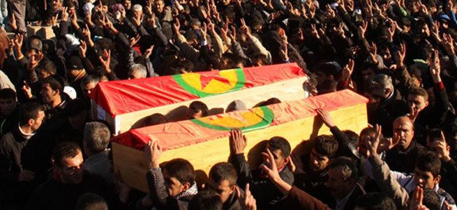 PKK yöneticisini tabuta koyup kaçırmak istediler