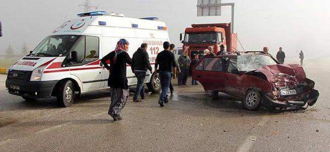 D-100'de trafik kazası!