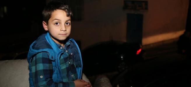 Cumhurbaşkanı Erdoğan'dan Suriyeli çocuğa hediye