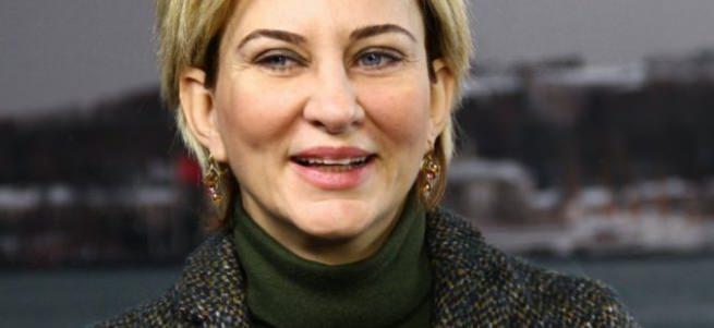 Aylin Kotil CHP'den istifa etti