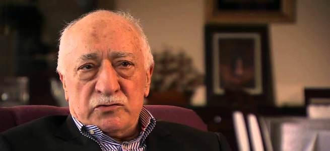 Gülen Türkiye'ye terörist dedi