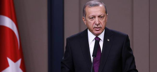 Erdoğan: Siz kimsiniz!