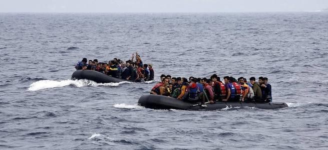 Yunanistan'dan zengin mültecilere imtiyazlı muamele
