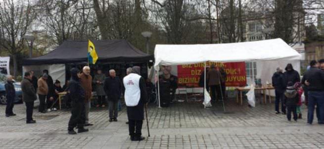Brüksel'deki PKK çadırı yeniden kuruldu!