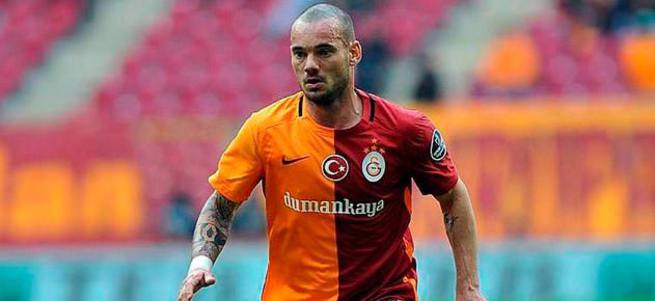 Sneijder sezon sonunda Çin'de