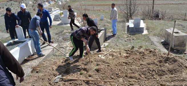 Terörist cenazesini ilçeye sokmadılar
