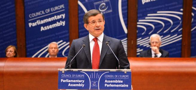Davutoğlu'ndan Avrupa Konseyi'nde HDP'li Kürkçü'ye tokat gibi yanıt