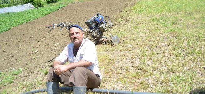Yüzde 70 eğimli arazide tarım yaptılar...