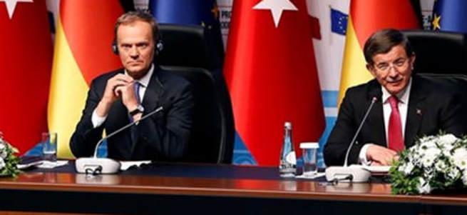 Tusk: Kimse Türkiye'ye ders vermesin