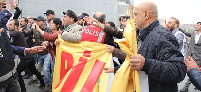 Bakırköy'deki 1 Mayıs kutlamasında HDP provokasyonu