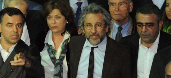 Can Dündar'a faizsiz 'Gezi kredisi'