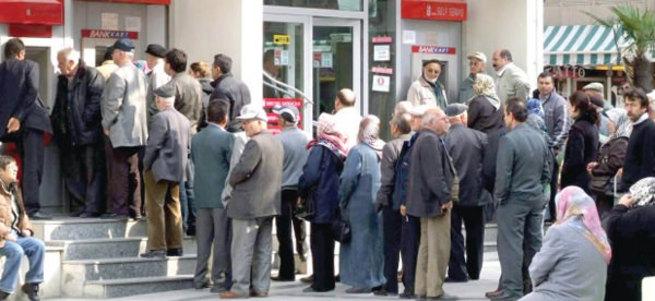 Emeklilere banka promosyonu Haziran'da başlıyor