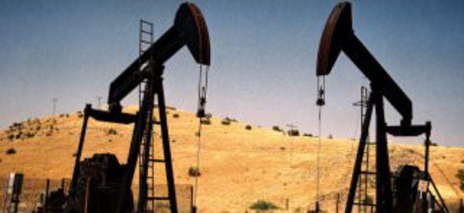 Petrolün varili bu yıl ilk kez 50 doları aştı