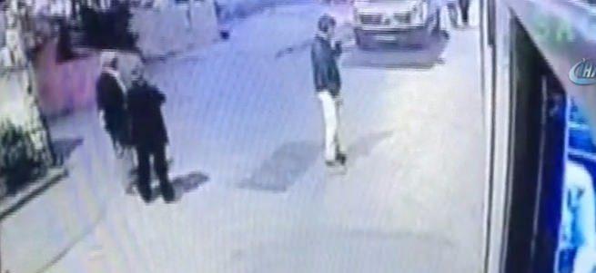 Yolcu otobüsüne el yapımı bomba attılar