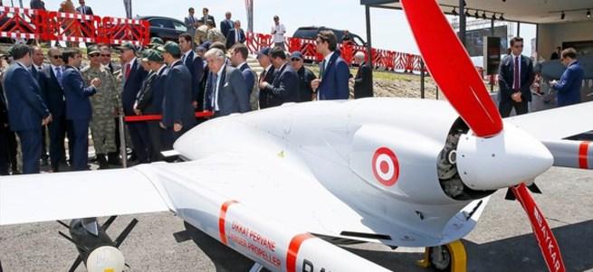 Selçuk Bayraktar insansız hava aracını tanıttı