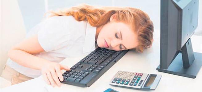 Oruç tutarken günü uyuyarak geçirmeyin
