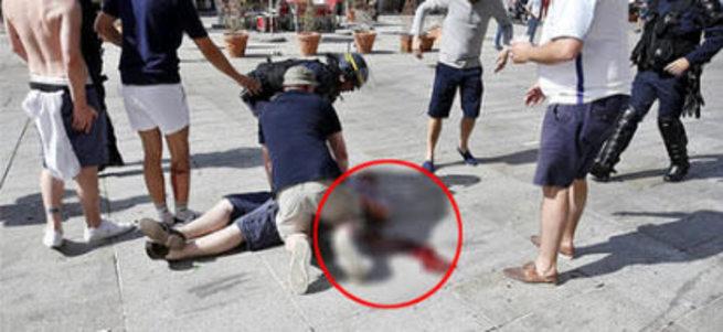 İngiliz taraftar başına aldığı sandalye darbesiyle öldü!