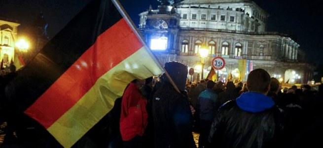 Alman devi eriyor!