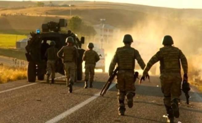 PKK'dan askeri aracı bombalı saldırı