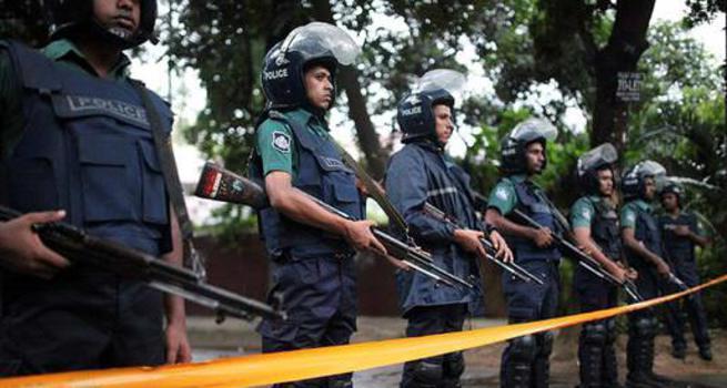 Bangladeş'te kafe baskını: 20 sivil öldü