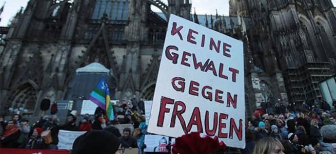 Almanya tecavüzün tanımını değiştirdi