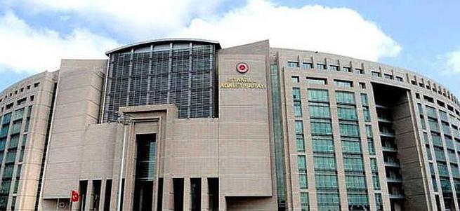 İstanbul Adliyesi'nde FETÖ araması