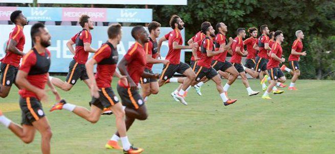 Galatasaray'da 4 isim kadro dışı!