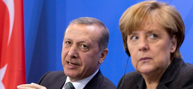 Erdoğan'dan Merkel'e 4 bin 500 isimli liste