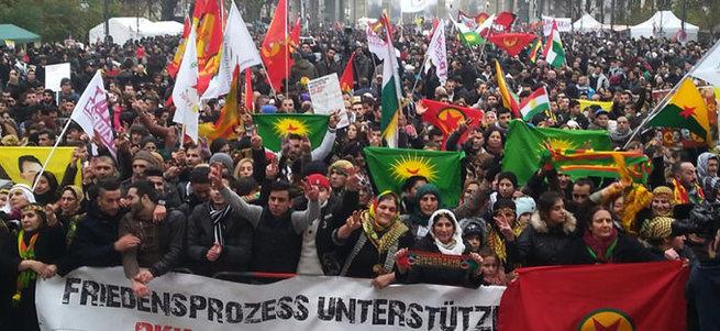 Almanya'da PKK propagandasına izin var Cumhurbaşkanı Erdoğan'a yok!