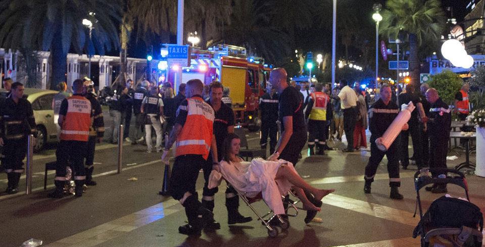Fransa'daki terör sald�r�s�ndan ilk kareler