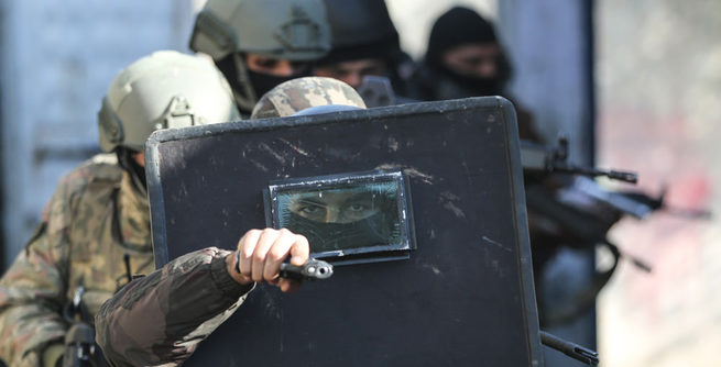��rnak'ta mahsur kalanlar tahliye edildi!