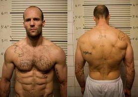 Jason Statham'ın eski işi ve hiç görmediğimiz saçları şaşırttı!