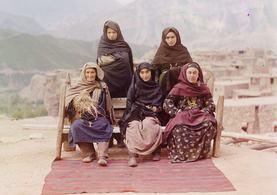 100 Yıl önce ülkeyi gezip renkli fotoğraflarını çekmiş