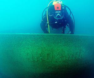 Van Gölü'nde yürütülen su altı araştırmalarında 40 metre uzunluğunda batık gemi bulundu