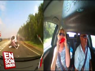 Hatal� sollama yapan Rus sürücünün arac� ikiye bölündü