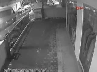 Kad�köy'deki tecavüz olay�n�n yeni görüntüleri ortaya ç�kt�