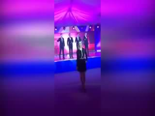 Rus sözcü Zaharova'dan dans �ov!