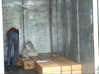Darbeci askerlere ait bir kamyon dolusu mühimmat görüntülendi