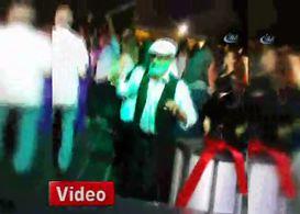 80'lik dedenin düğündeki dansı izlenme rekorları kırdı